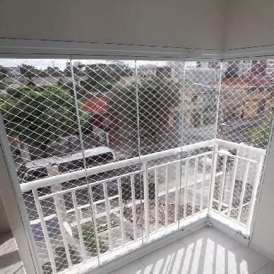 Envidraçamento de varanda na zona norte